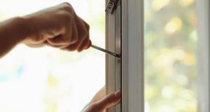 Modern, megbízhatóan szigetelő műanyag ablakot rendelhet.